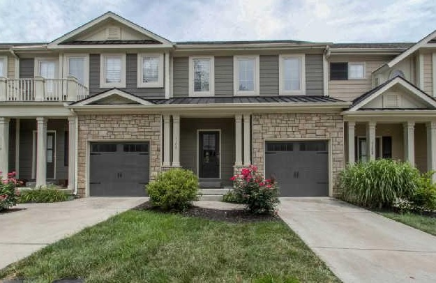 Woodbury Townhomes for Sale