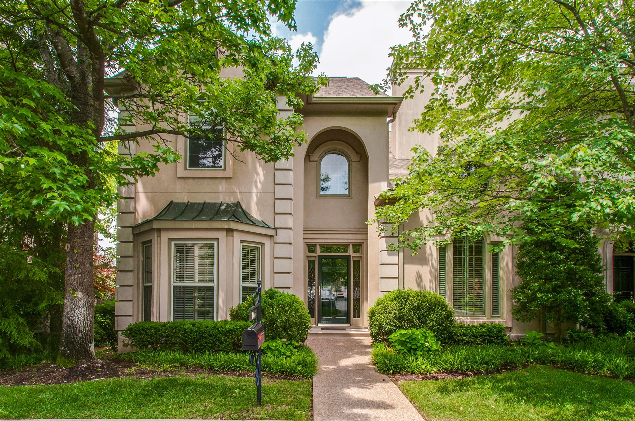 Brighton Close Townhomes For Sale