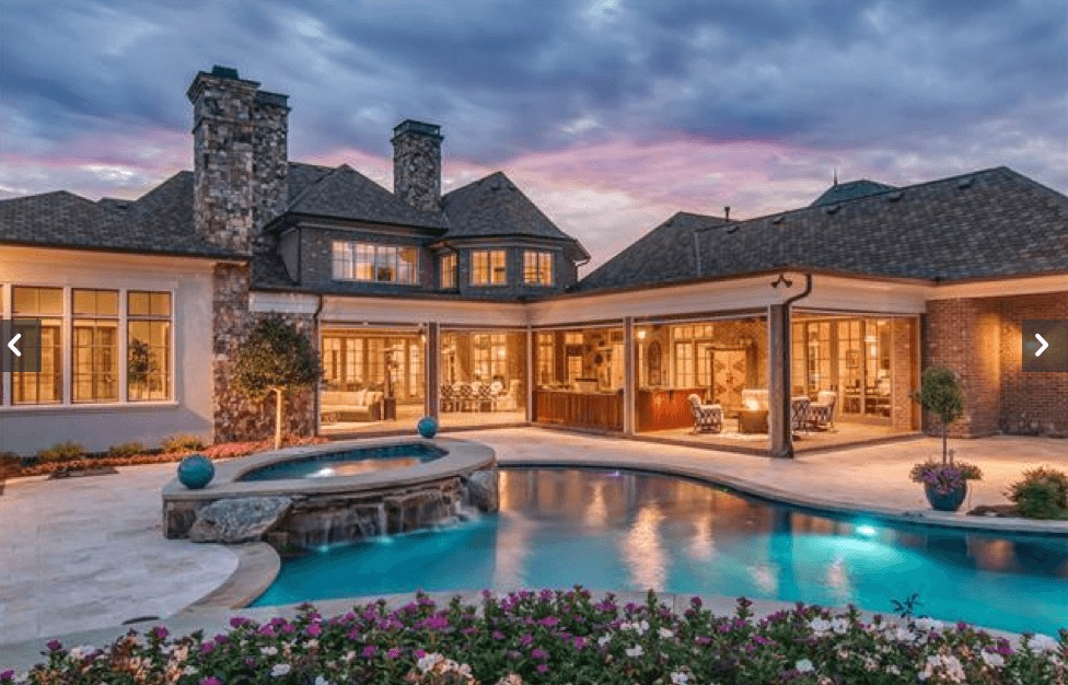 Brentwood homes with a pool nashville home guru for Average square footage of a swimming pool