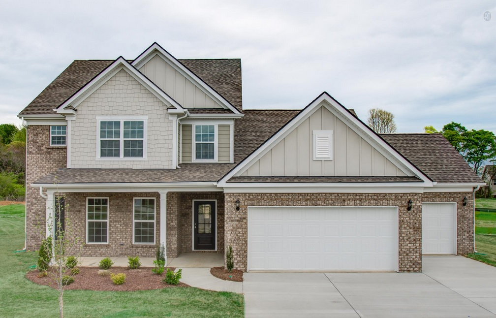Thompsons station houses with big garages nashville home for Homes with big garages for sale
