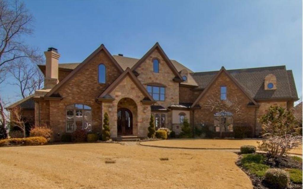 Homes for Sale in Five Oaks Subdivision Lebanon TN