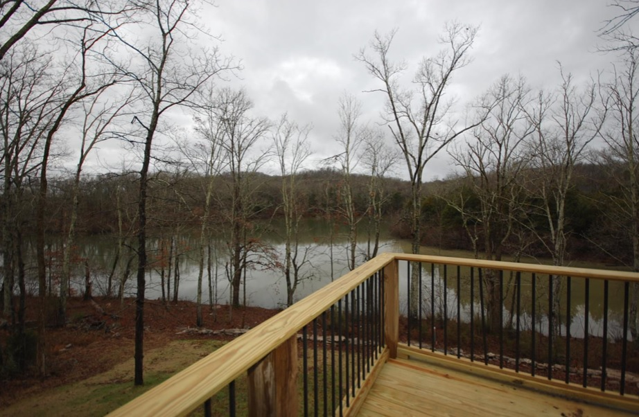 Lakefront Homes For Sale in Lebanon TN
