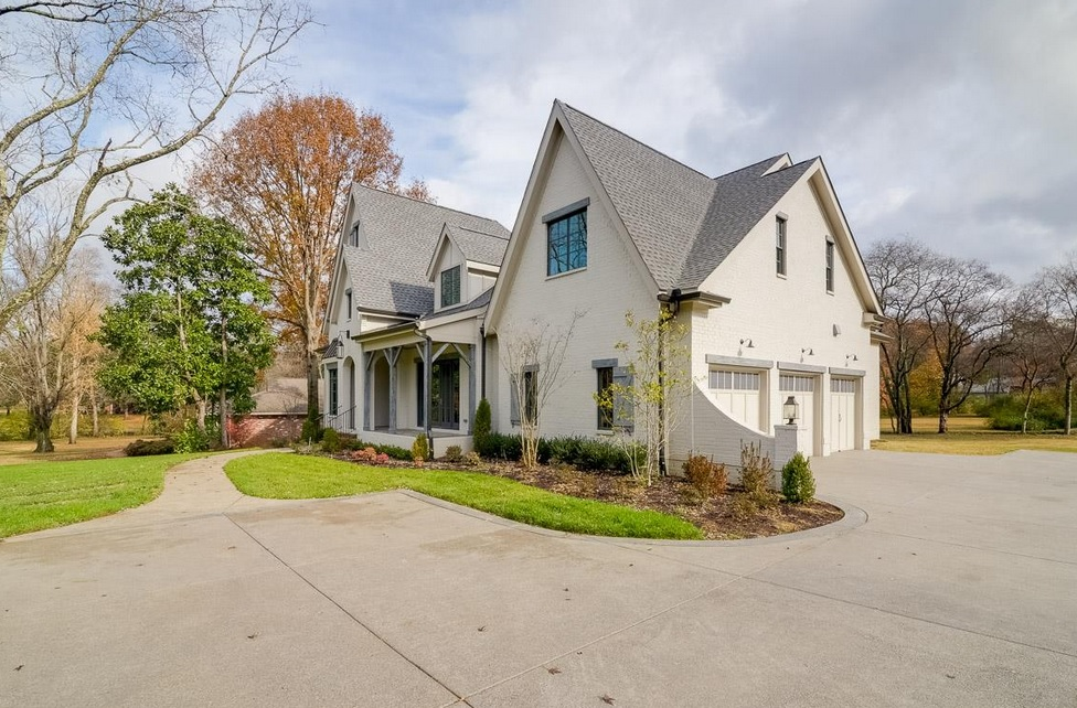 Belle Meade Houses With Big Garages