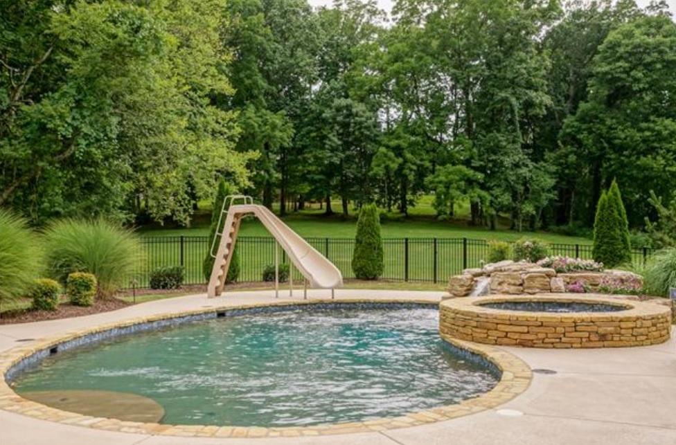 Smyrna Homes With A Pool Rutherford
