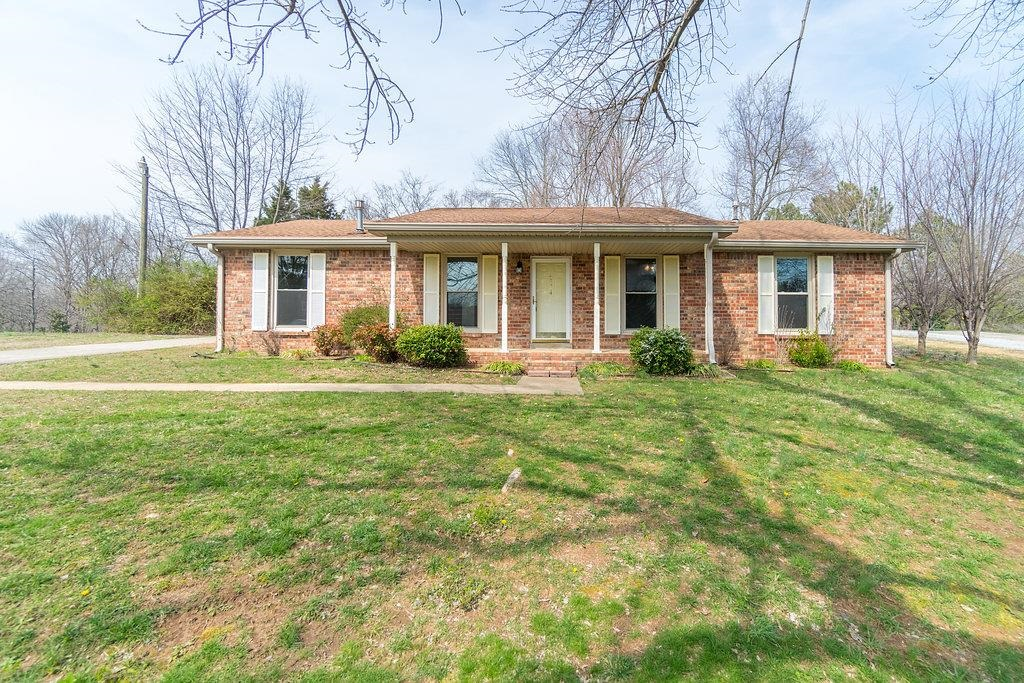 hickory hills singles Sold - 8823 west 93rd place, hickory hills, il - $191,000 view details, map and photos of this single family property with 3 bedrooms and 1 total baths mls# 09889468.