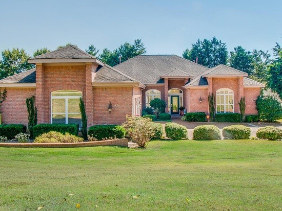 Homes For Sale in Derby Glen Close Subdivision Brentwood TN