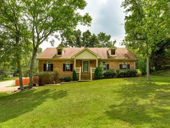 Homes For Sale in Brentwood Hall Subdivision Brentwood TN