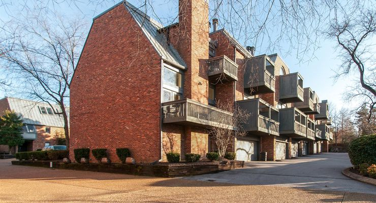 Hampton Place Townhomes Green Hills