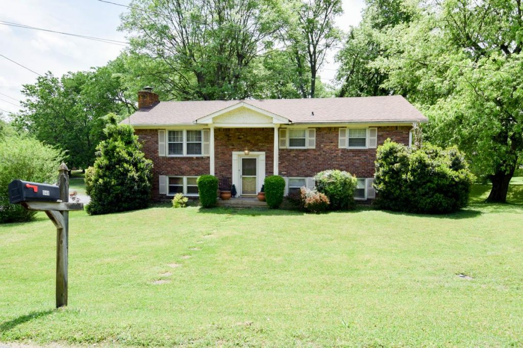 Bel-Air Subdivision Homes For Sale Gallatin TN 37066