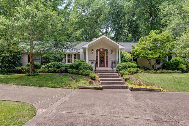 Homes For Sale Brook Hollow Rd Nashville TN 37205
