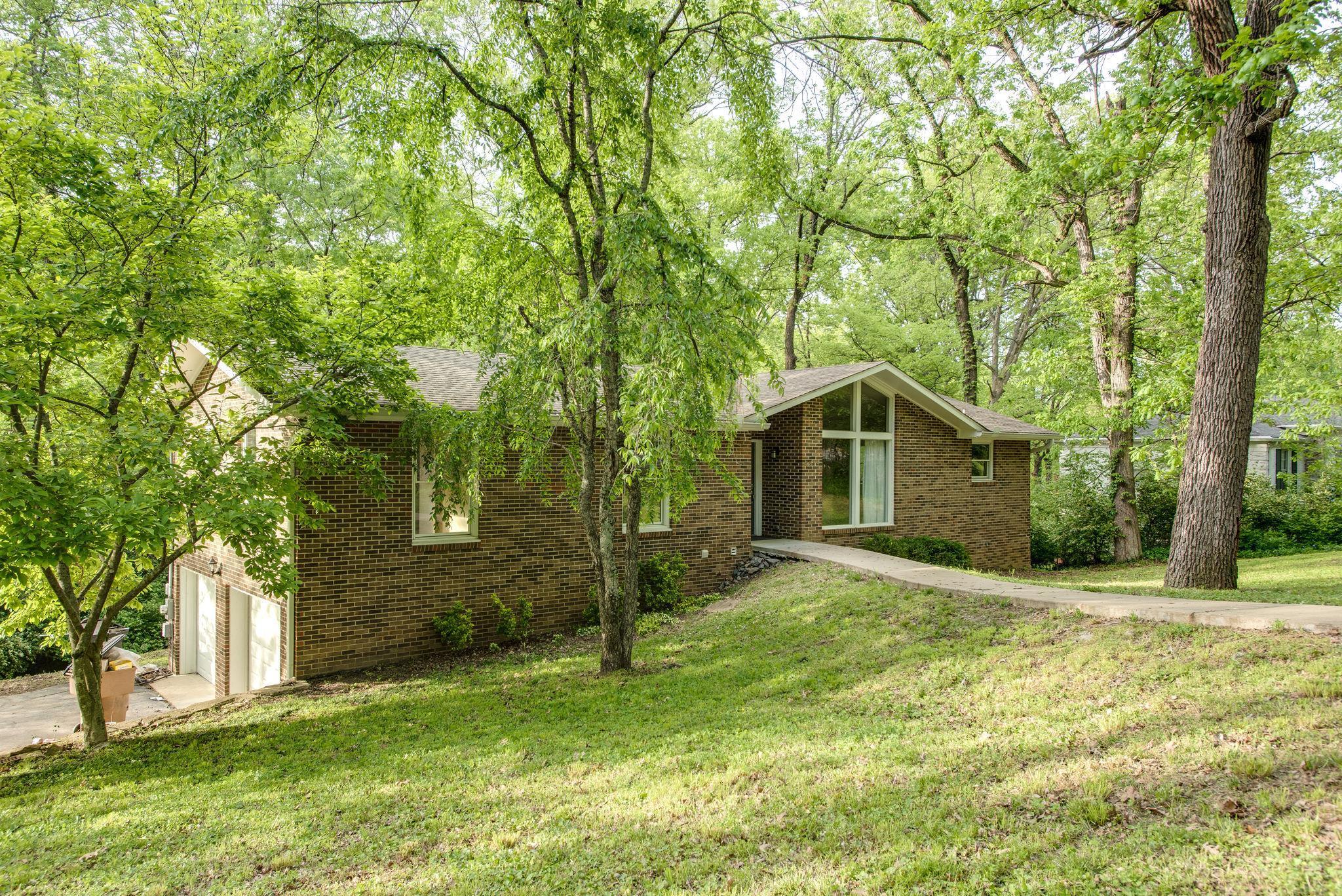 Hillwood Terrace Nashville TN 37205