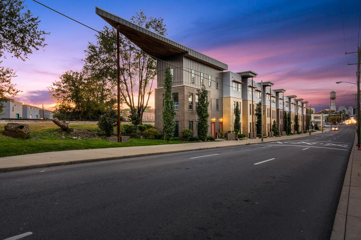 Woodstock at Chestnut Hill Condos for Sale