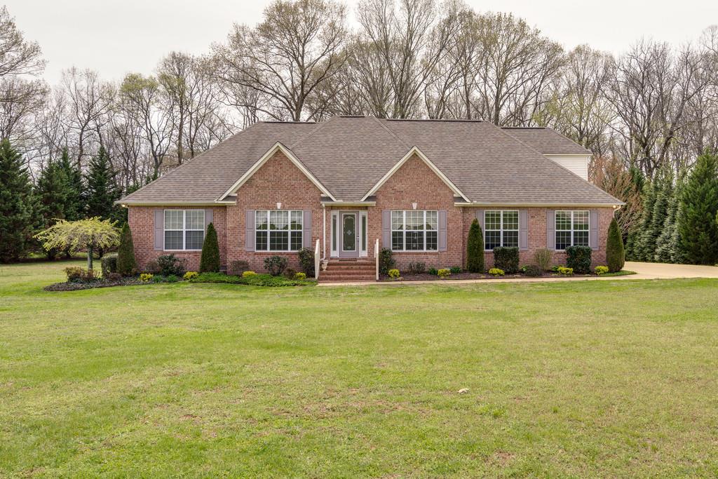 Whites Cove Subdivision Columbia TN Homes for Sale