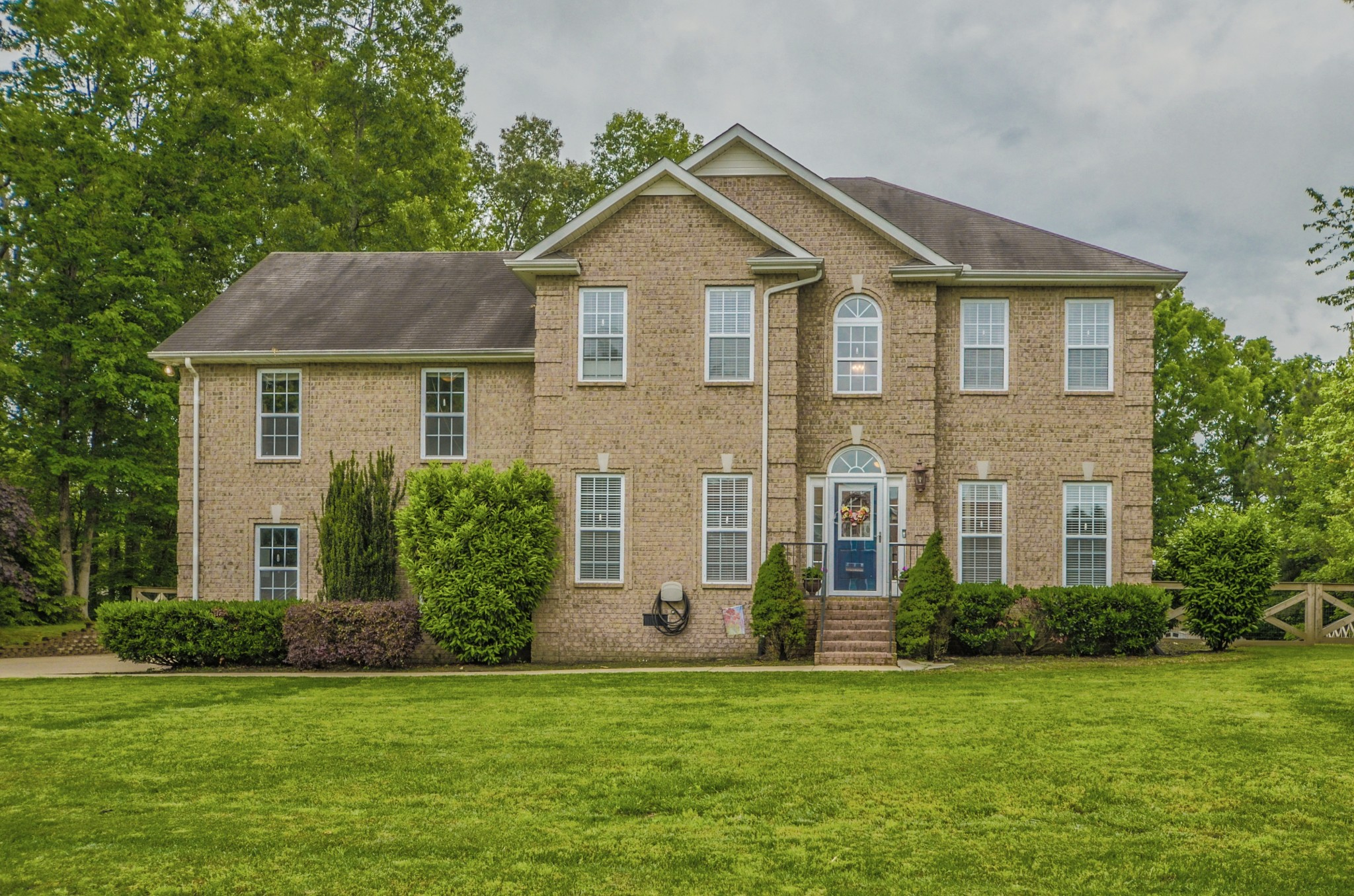 Homes For Sale in Sweetbriar Fairview TN