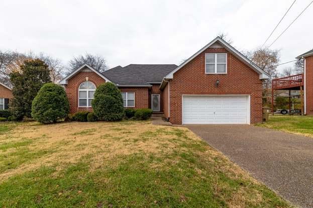 Homes for Sale in Oak Forest Estates Subdivision Goodlettsville TN