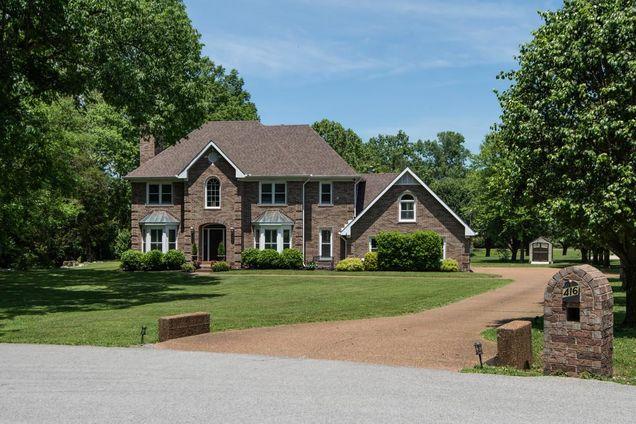 Winchester Estates Subdivision Homes For Sale Franklin TN 37064