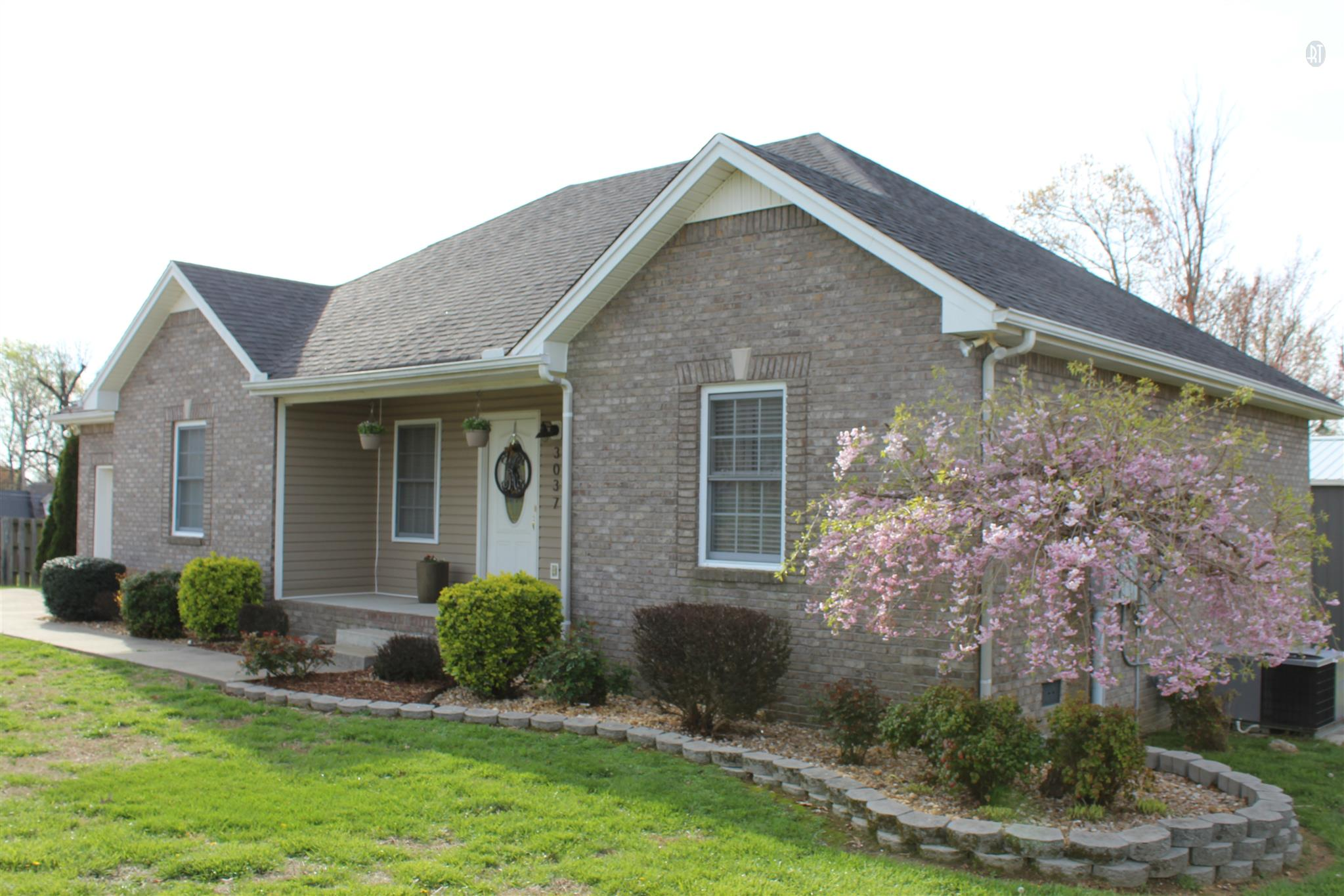 Homes For Sale in Steeple Chase Greenbrier TN