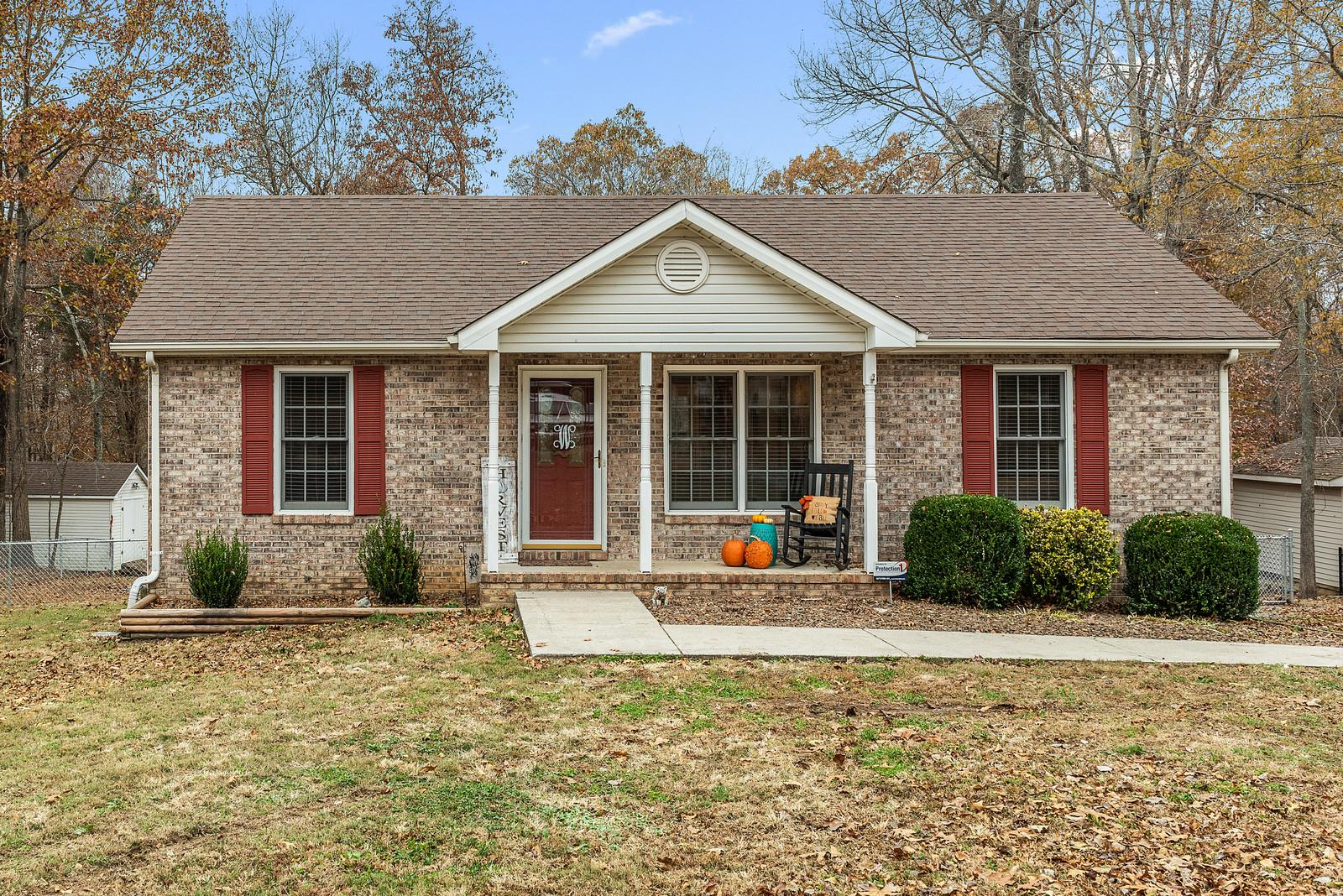 Homes For Sale in Westbrook Place Greenbrier TN