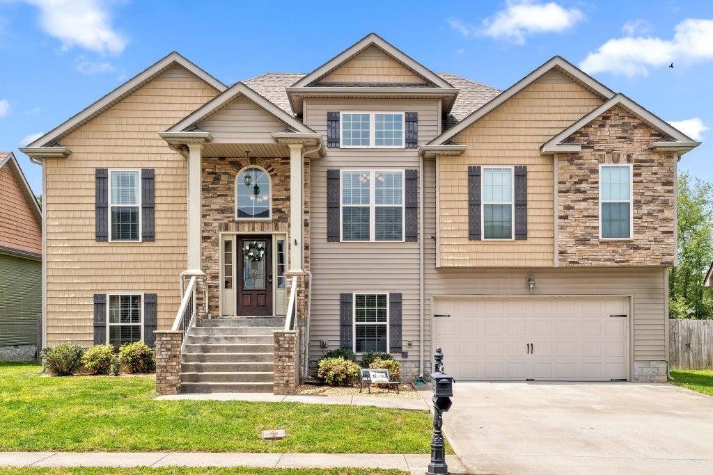 6 Woodberry Clarksville TN 37043